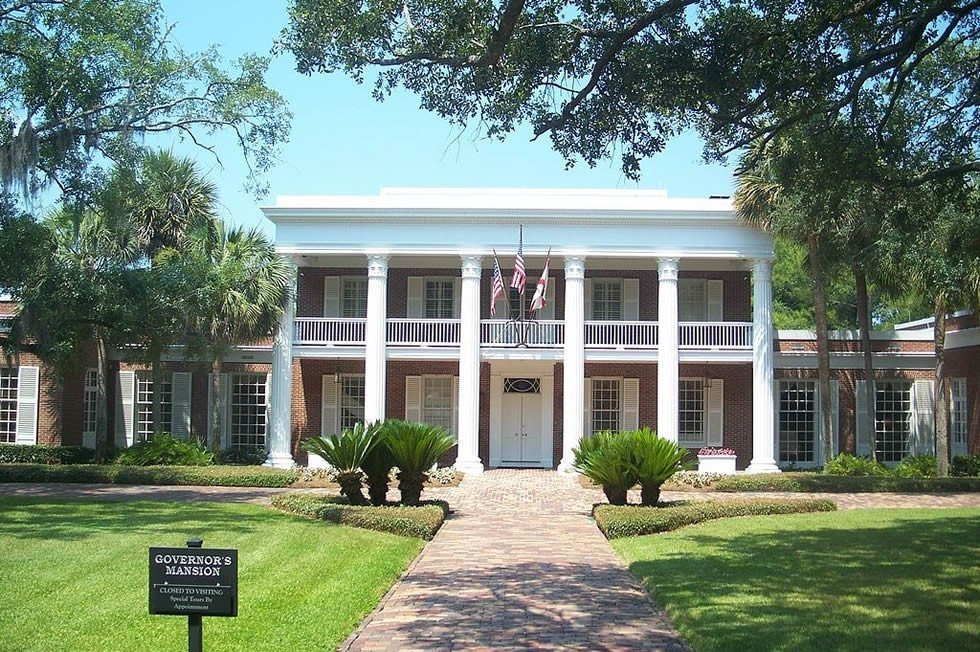 1024px-Tallahassee_FL_Governors_Mansion02-a7196cf9b1
