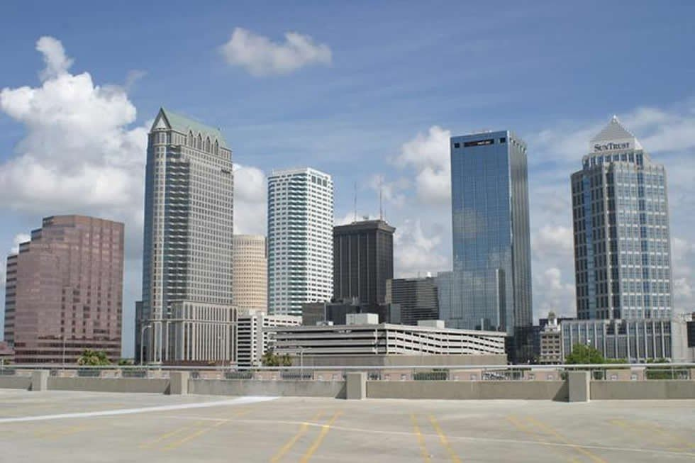 Tampa_skyline_3-b8d0283337-774827cff6