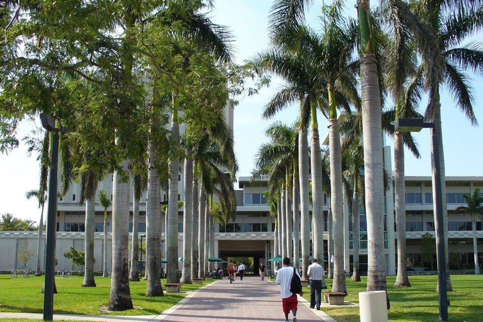 University_of_Miami_Otto_G._Richter_Library-16875e98a5